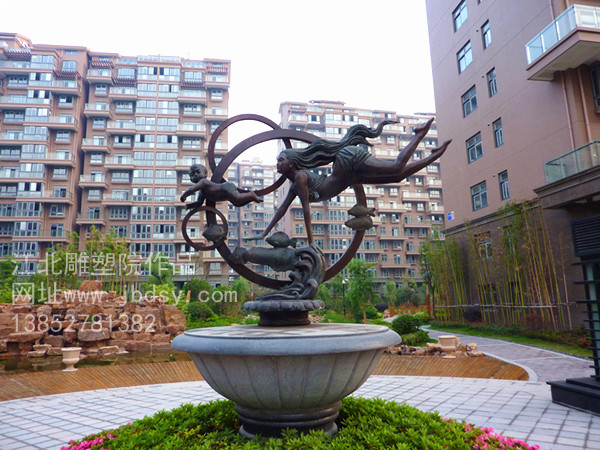 小区雕像2